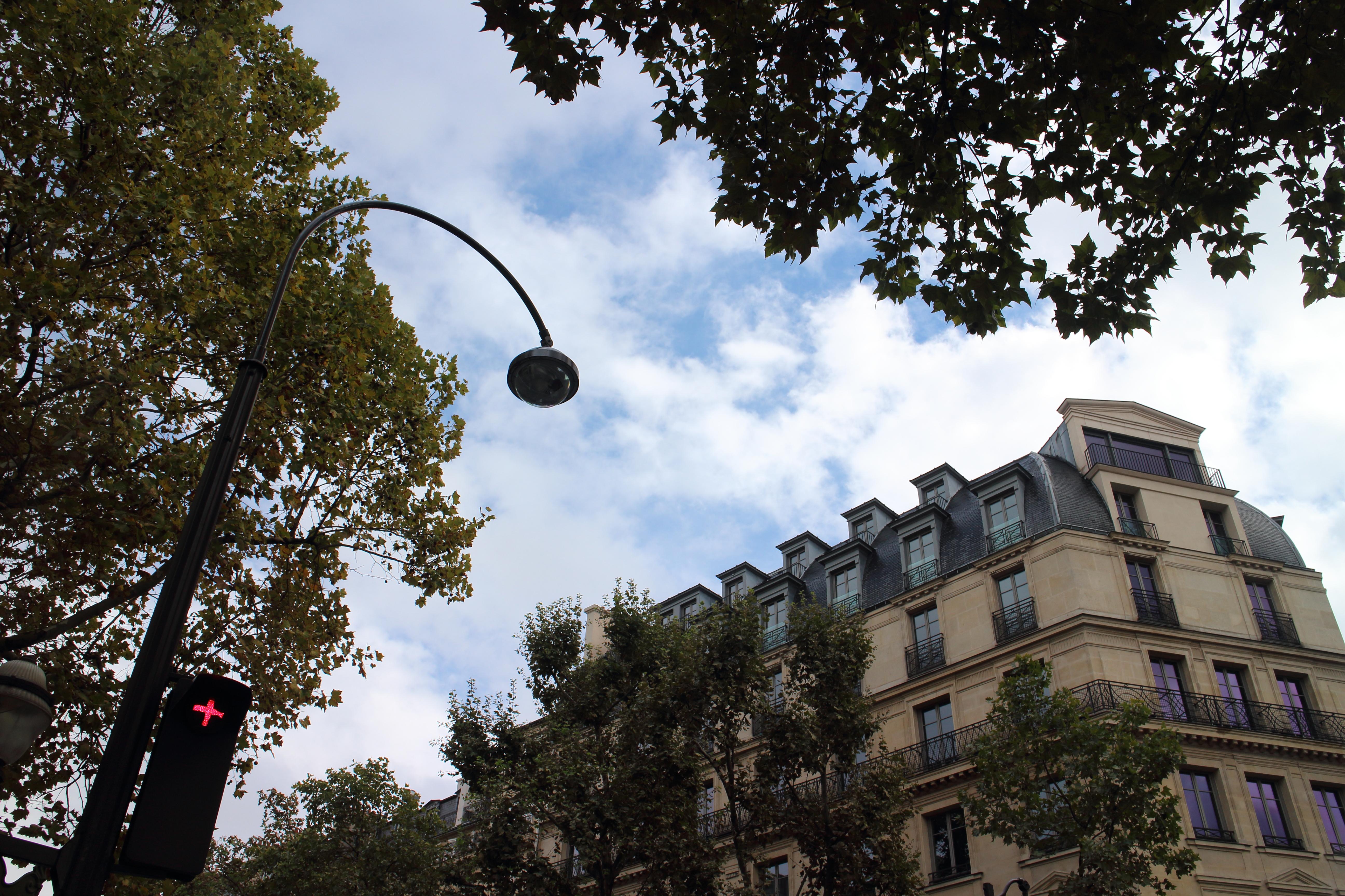 6日目はロマン主義博物館と、パリの真ん中マドレーヌ寺院へ
