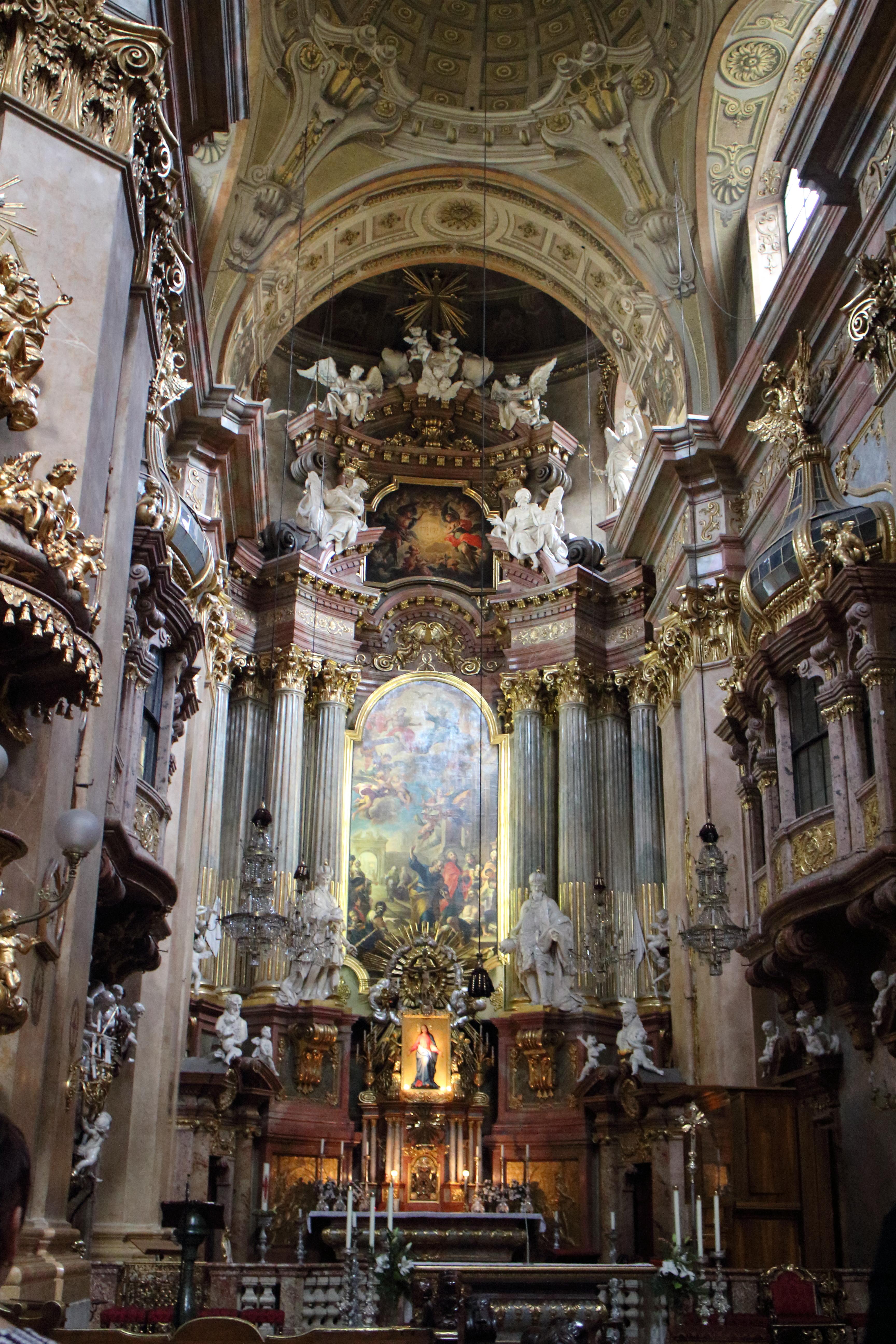 【ウィーン】グラーベン通りのペーター教会でミニコンサート&近くの有料トイレはキレイです