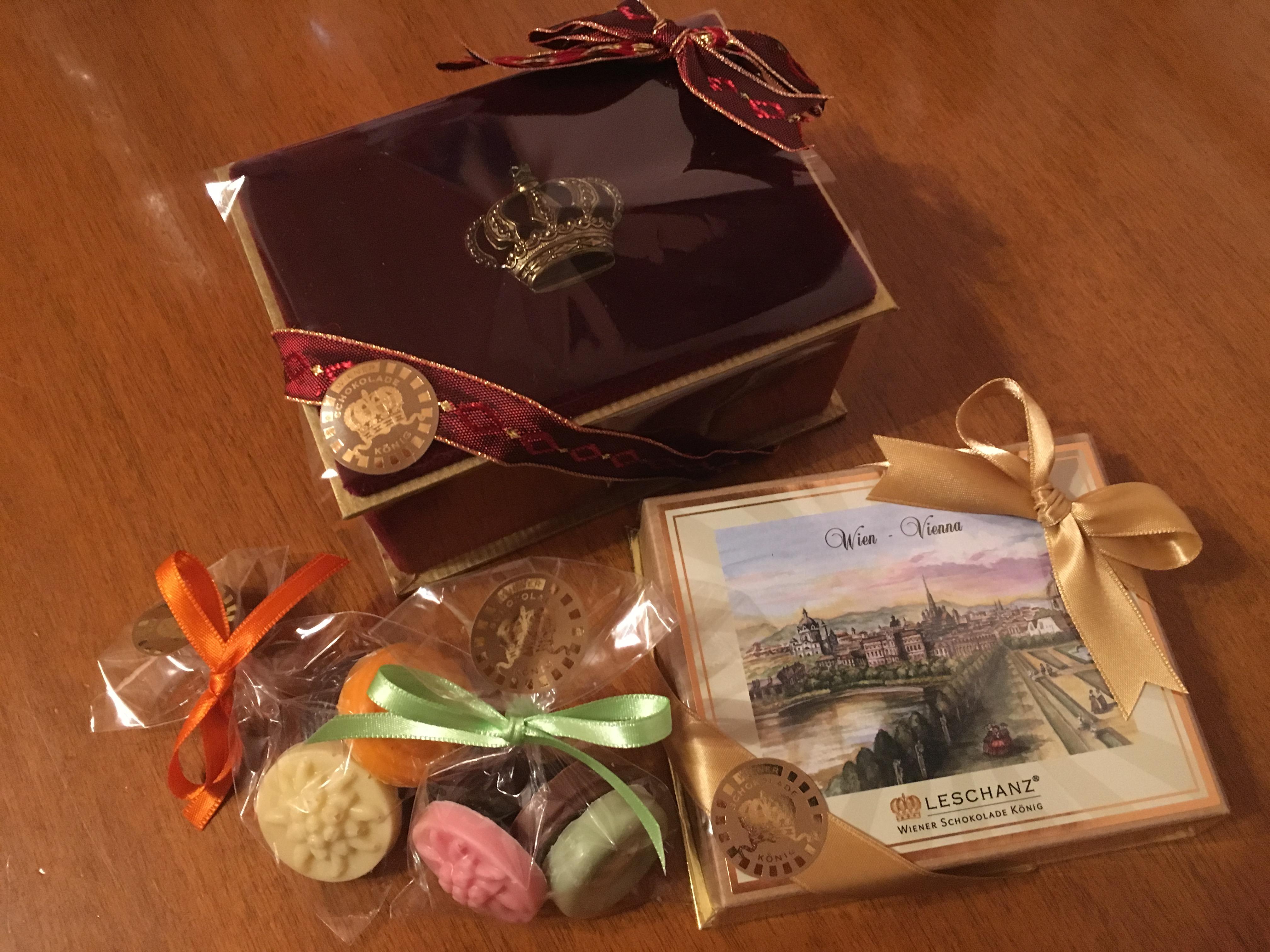 「ボタンチョコ」が人気!ウィーンのチョコレート店「LESCHANZ」でおみやげ購入