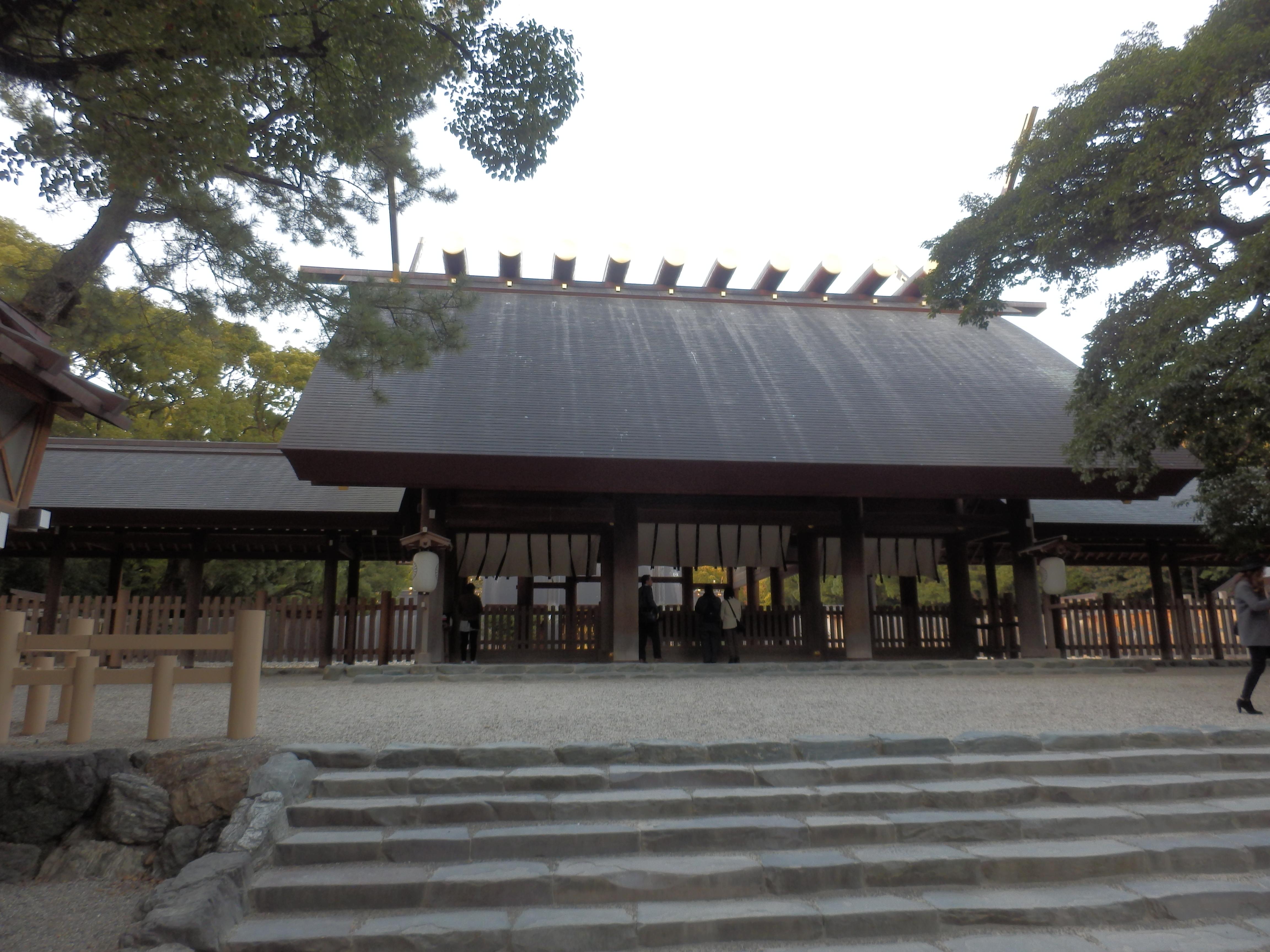 【名古屋】熱田神宮にお参りして、きしめんと蓬莱軒のひつまぶし!
