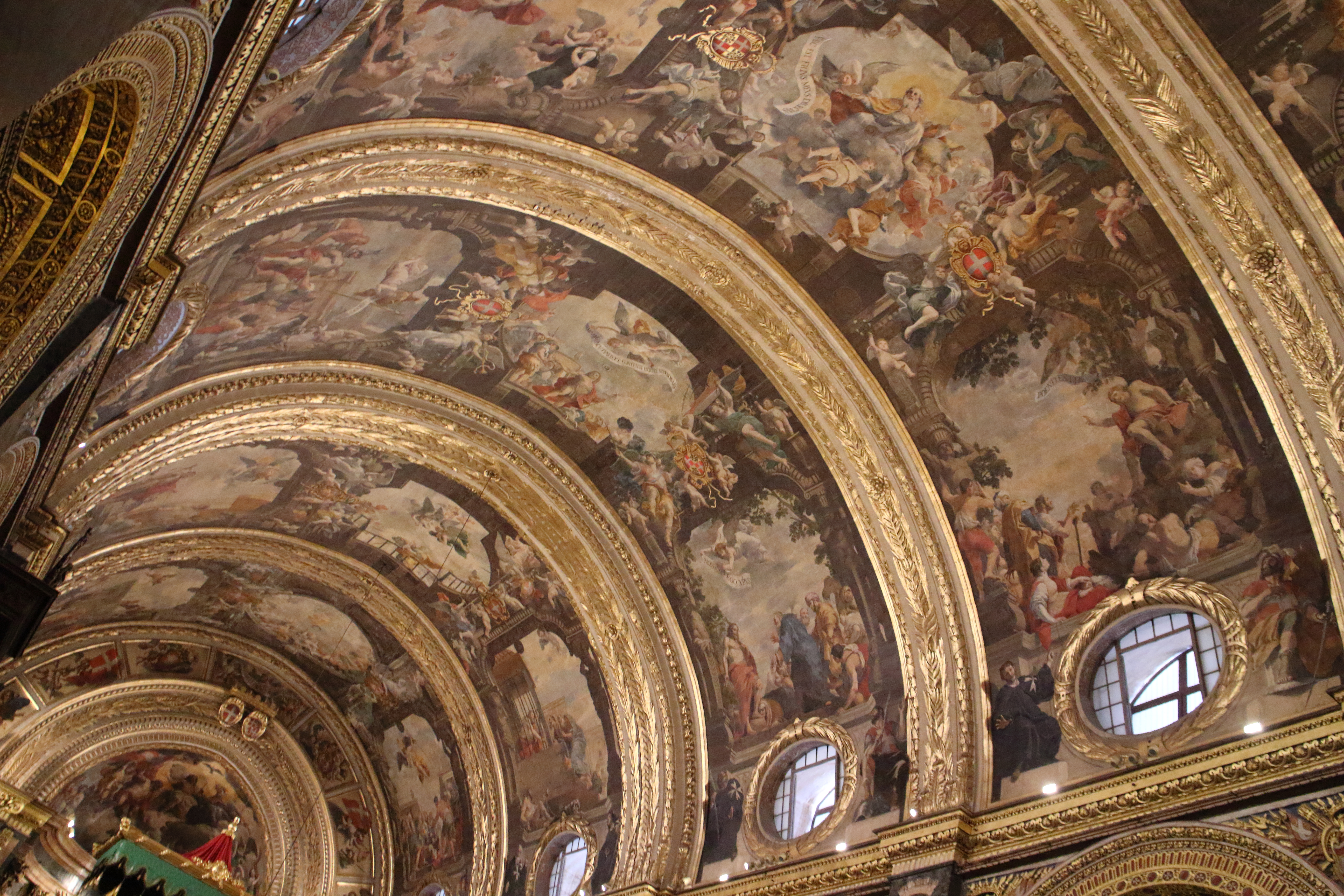 ヴァレッタの聖ヨハネ大聖堂!豪華なバロック様式とカラヴァッジョ作品の見学。